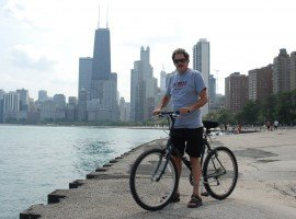 Oddball Escapes Chicago bike tour bike ride inclusion sightseeing