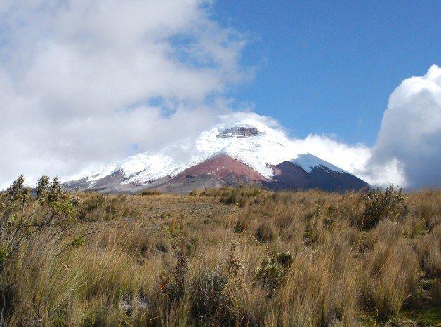 Andes Volcano, Cotopaxi