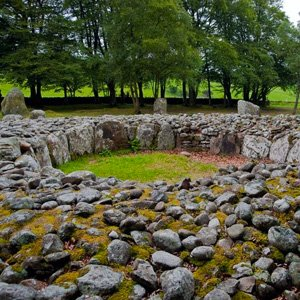 Clava Cairns & Pub Visit with Globus