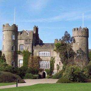 Dublin Malahide Castle Globus