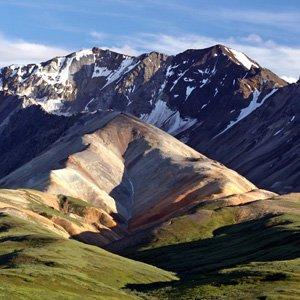 Alaska-Globus-Denali-National-Park-mountains