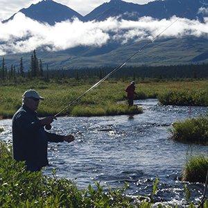 Alaska-excursion-Denali-fly-fishing-Globus